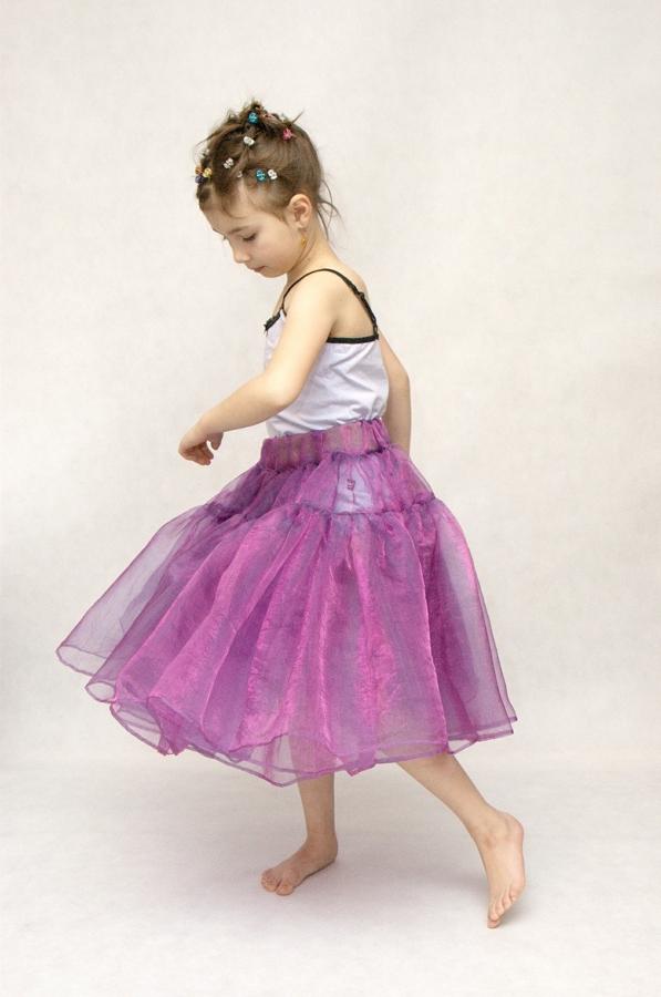 Enfant danse solo